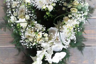 uitvaartzorgnop-mogelijkheden-bloemwerk -wit hart